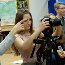 DWUNASTKA NA FILMOWYM SZLAKU. KLASA 2A (ARTYSTYCZNO-MEDIALNA) W ŁODZI
